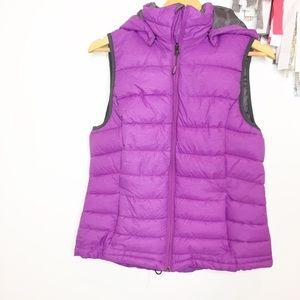 Tangerine Puffer vest purple medium EUC